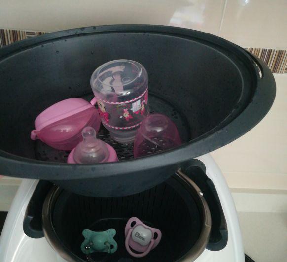 Esterilizador biberones, chupetes, tetinas y tarros para nuestro bebé con Thermomix® .